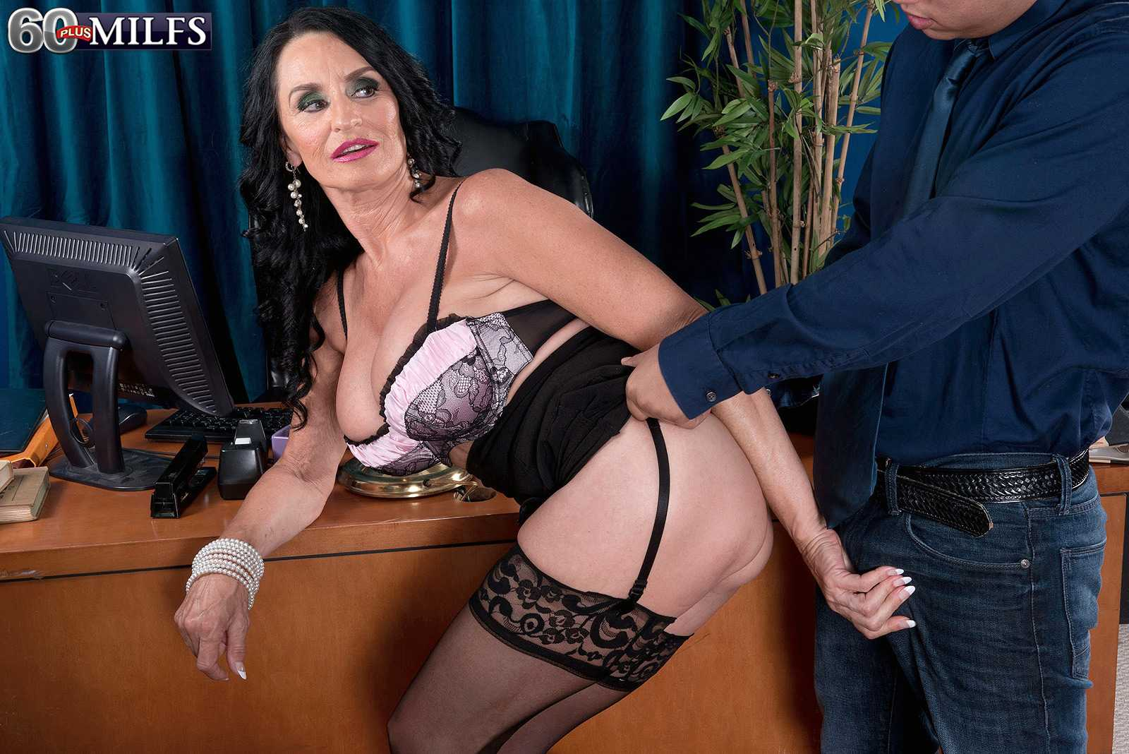 Long Porn Movies Featuring Milfs 21