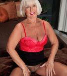 Short haired over 60 MILF Jeannie Lou fucking two studs in pantyhose