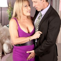 Naughty blonde lady over 60 years of age Luna Azul baring natural tits for sucking