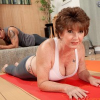 Barefoot granny pornstar Bea Cummins doing yoga in spandex pants