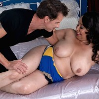 Chubby over 60 MILF Rochelle Sweet baring large juggs for nipple play
