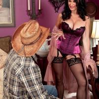 Over 60 MILF pornstar Rita Daniels flaunting big mature tits in lingerie and nylons