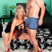 Enticing granny XXX adult star Phoenix Skye seducing sex from junior man in irresistible lingerie