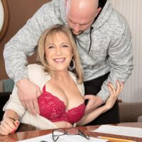 Over 60 schoolteacher Luna Azul entices a male student in her office