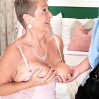 Round grandmother Joanne Price loosing immense tits before delivering monster-sized wood blow job in tights