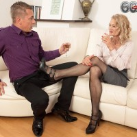 Super-sexy experienced gal Beata gives a ball eating oral jobs after seducing a younger stud